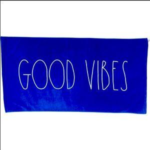 Beach towel GOOD VIBES Rae Dunn